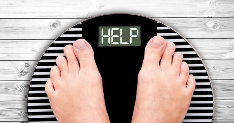 Slide 5 de 8: Alimentos picantes promovem a aceleração do metabolismo, reduzindo o tecido adiposo. Muitos estudos demonstraram que a capsaicina, o principal composto dos pimentões, tem um efeito termogênico, que pode fazer com que o corpo queime calorias extras.
