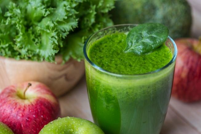Para desintoxicar o corpo e a alma: conheça uma receita de suco para limpar o organismo